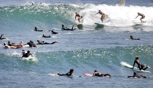 malibu crowded surf