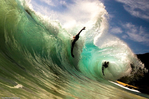 body surfing wave